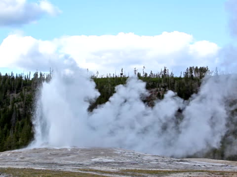 old faithful geyser-pal - old faithful stock videos & royalty-free footage