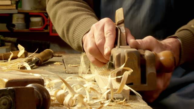 HD DOLLY: Old Fashion Carpentry