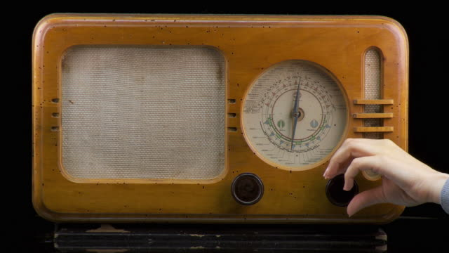 HD-ZEITRAFFER: Old Fashion-Radio