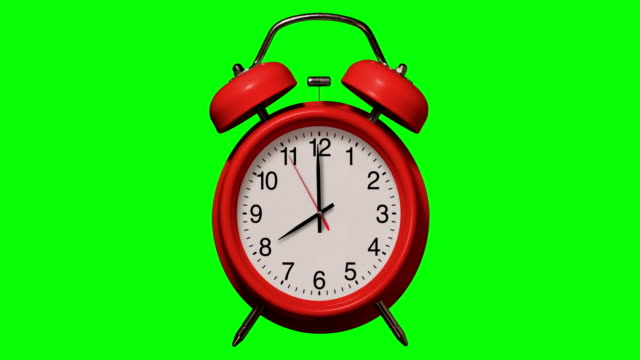 old fashioned red alarm clock rings at 8 o'clock on chroma key background - numero 8 video stock e b–roll