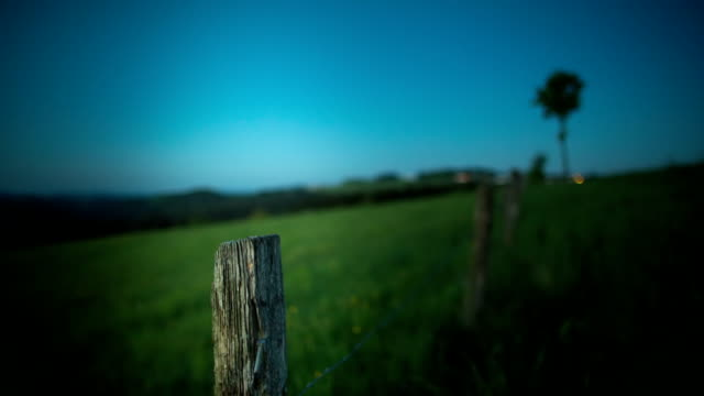 crane down: old fence - fence stock videos & royalty-free footage