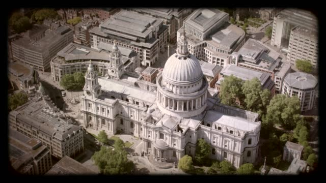 old film aerial view of st. paul's cathedral, uk. 4k - st. paul's cathedral london stock videos & royalty-free footage