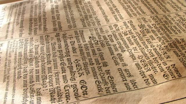 Alten, gotischen Aufdruck in Gebetsbuch