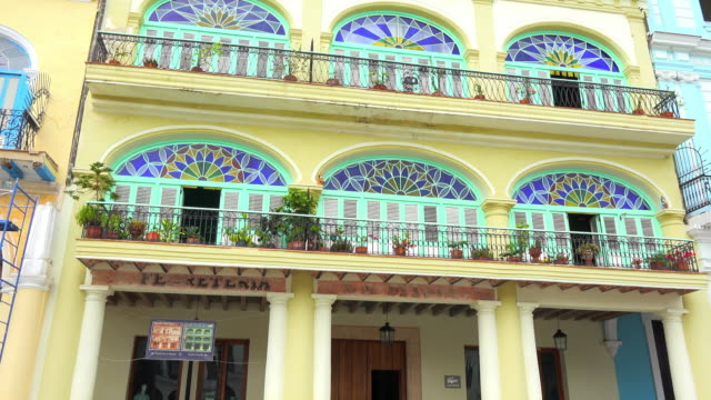 old havana, cuba: colonial architecture in a building facade - plaza vieja stock videos and b-roll footage