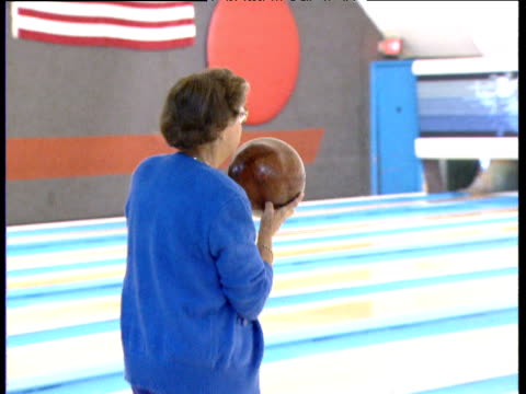 old lady bowling dallas - bowl stock videos & royalty-free footage