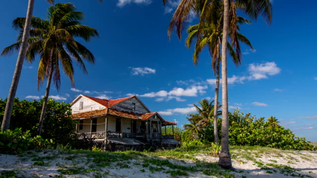 old mansion on tropical beach in cuba - varadero stock videos and b-roll footage