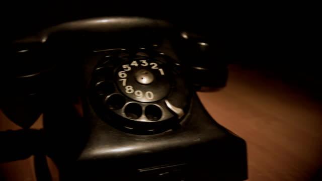 vídeos y material grabado en eventos de stock de teléfono antiguo - resonar