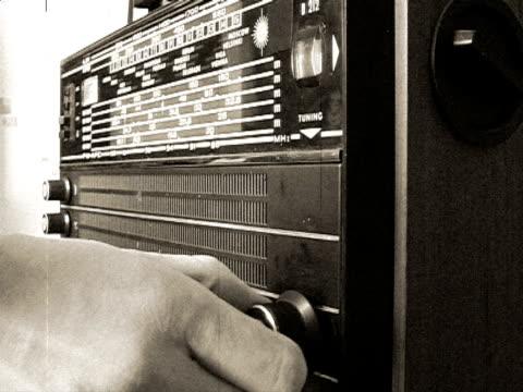 Old radio (with audio)