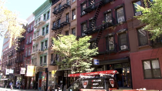 old style brick apartment buildings - greenwich village nyc - greenwich village stock videos & royalty-free footage