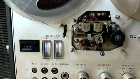 gamla bandspelare - spole bildbanksvideor och videomaterial från bakom kulisserna