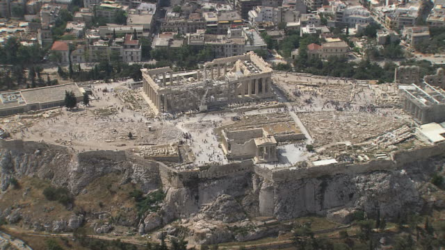 ws aerial zi old temple of athena and parthenon / acropolis, athens, greece - parthenon athens stock videos and b-roll footage
