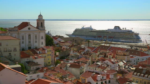old town alfama and cruise terminal, lisbon, portugal - kreuzfahrt stock-videos und b-roll-filmmaterial