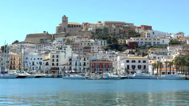 オールドタウンイビサ島、スペイン) - イビサ島点の映像素材/bロール
