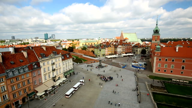 old town in warsaw, time lapse - varsavia video stock e b–roll