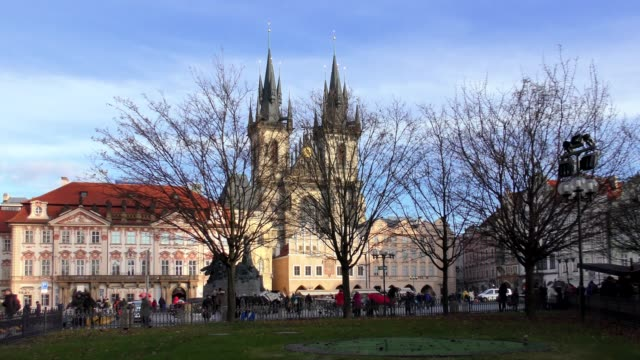 old town square - prague, czech republic - tyn church stock videos & royalty-free footage