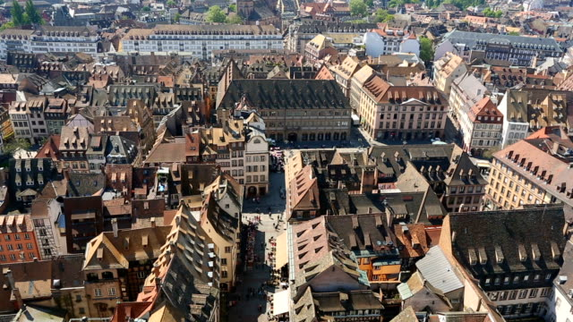 vídeos de stock e filmes b-roll de old town strasbourg, time lapse - estrasburgo