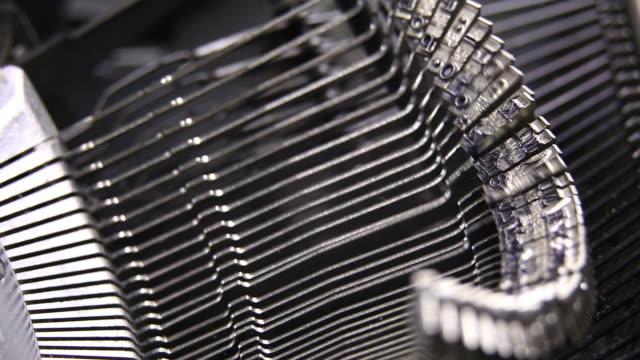 old typewriter typebar movement (loopable) - skrivmaskin bildbanksvideor och videomaterial från bakom kulisserna
