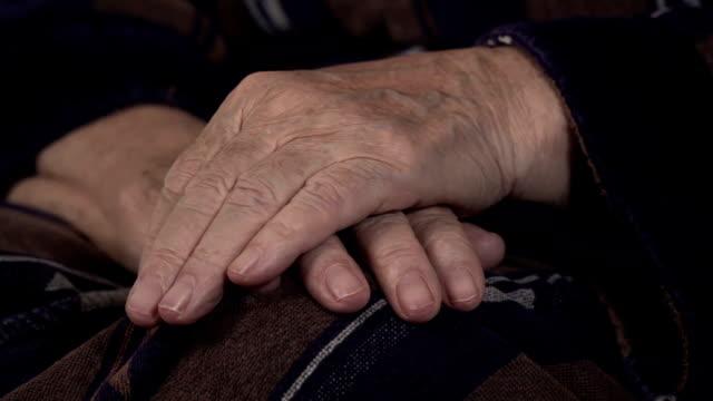 老婆手 - マッサージする点の映像素材/bロール