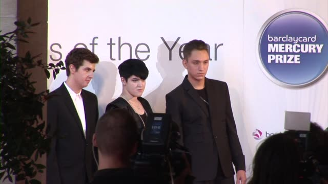 oliver sim, romy madley croft and jamie smith of the xx at the barclaycard mercury prize arrivals at london england. - croft stock videos & royalty-free footage