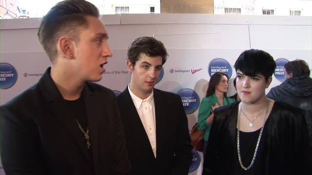 oliver sim, romy madley croft and jamie smith of the xx on the reaction to their album at the barclaycard mercury prize arrivals at london england. - croft stock videos & royalty-free footage