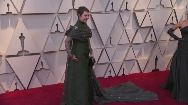olivia colman walking the red carpet at the 91st annual academy awards at the dolby theater in los angeles, california. - music or celebrities or fashion or film industry or film premiere or youth culture or novelty item or vacations 個影片檔及 b 捲影像