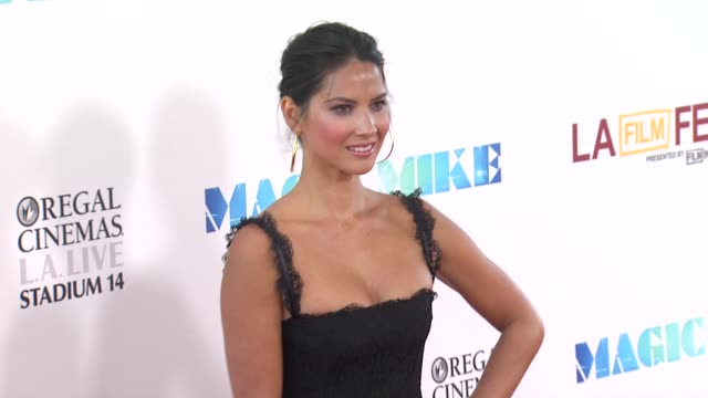 "vídeos de stock e filmes b-roll de olivia munn at 2012 los angeles film festival closing night gala premiere of ""magic mike"" olivia munn at 2012 los angeles film festival clos at regal... - vestido preto"