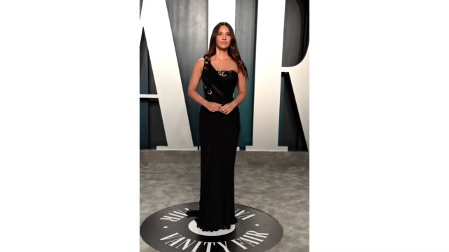 olivia munn attends the 2020 vanity fair oscar party hosted by radhika jones at wallis annenberg center for the performing arts on february 09, 2020... - vanity fair oscar party stock videos & royalty-free footage