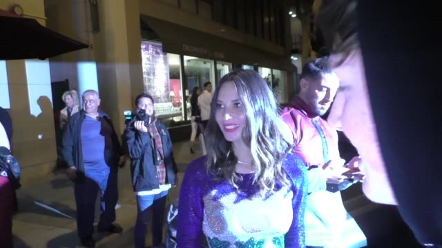 Olivia Munn poses with fans after dinner at Craig's in West Hollywood in Celebrity Sightings in Los Angeles