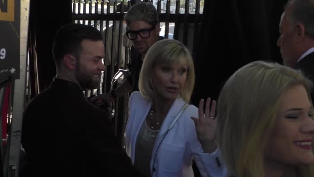 olivia newtonjohn signs for fans outside the 2019 industry dance awards at avalon in hollywood in celebrity sightings in los angeles - olivia newton john stock videos & royalty-free footage