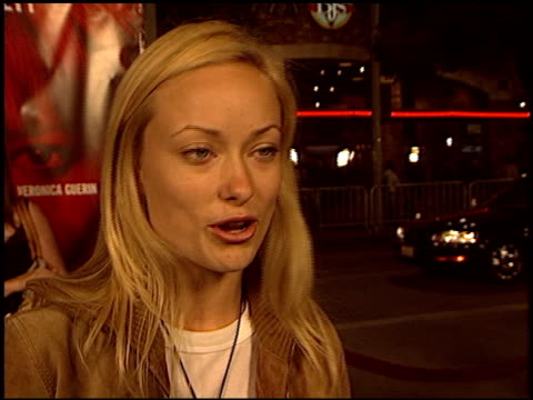olivia wilde at the 'veronica guerin' premiere on october 8, 2003. - 洛杉磯西木區 個影片檔及 b 捲影像