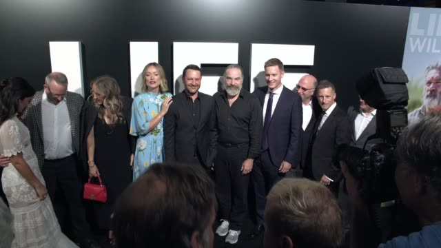 "vídeos y material grabado en eventos de stock de olivia wilde, lorenza izzo, mandy patinkin, and dan fogelman at the ""life itself"" los angeles premiere at arclight cinemas cinerama dome on september... - cinerama dome hollywood"