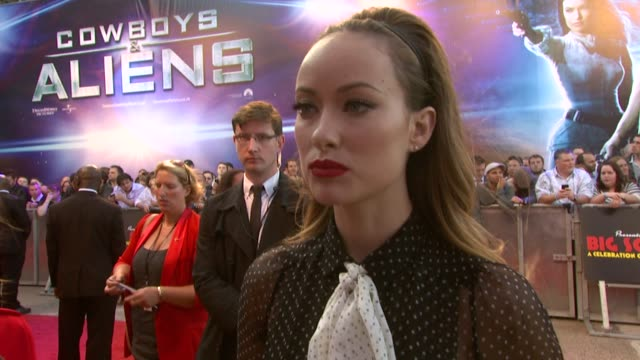 olivia wilde on playing a strong female character her inspiration preparation at the cowboys aliens uk premiere at london england - cowboys & aliens stock videos and b-roll footage