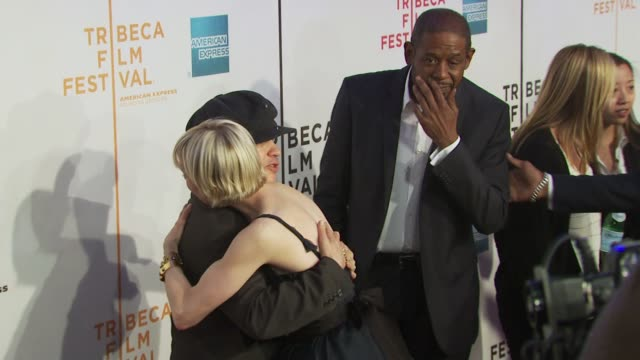 vídeos de stock e filmes b-roll de olivier dahan, renee zellweger and forest whitaker at the 'my own love song' premiere - 9th annual tribeca film fest at new york ny. - vestido preto