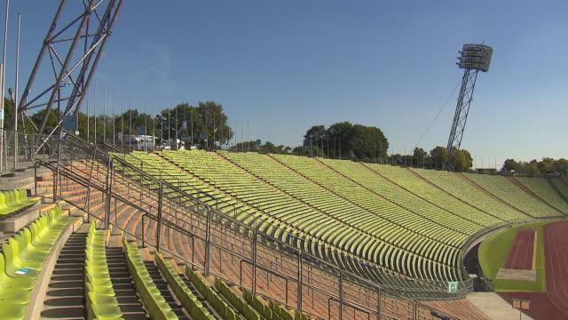 Olympiapark, Olympiastadion, panning shot, empty, sunny, blue sky