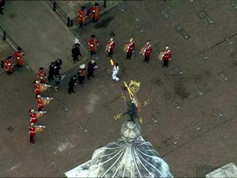 olympic flame arrives in london on july 20, 2012 in london, england - flaming torch stock videos & royalty-free footage