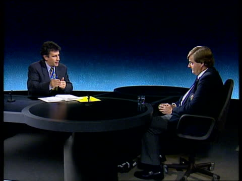 olympics drugs allegations; england: london: itn: int dr richard nicholson interview sot - how drugs confusion has arisen / how mistake could have... - ダーモット・マーナハン点の映像素材/bロール