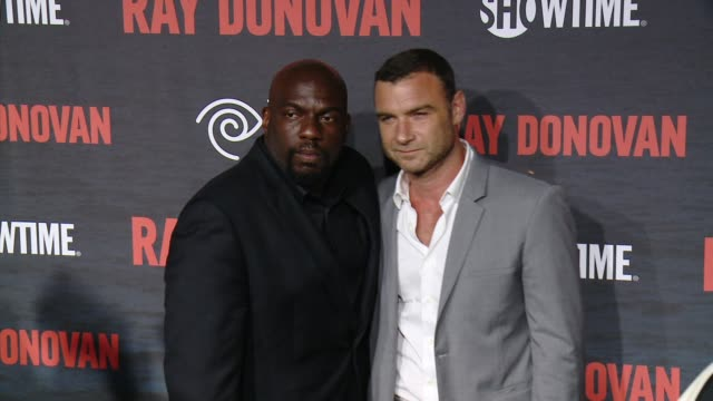 omar dorsey liev schreiber at showtime and time warner cable celebrate season two of ray donovan in los angeles ca - showtime video stock e b–roll