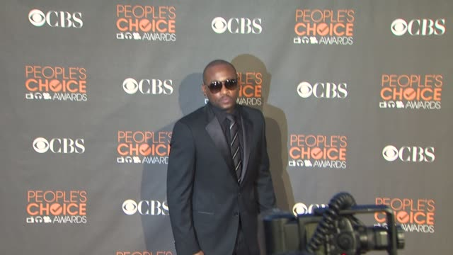 omar epps at the 36th annual people's choice awards at los angeles ca. - people's choice awards stock videos & royalty-free footage