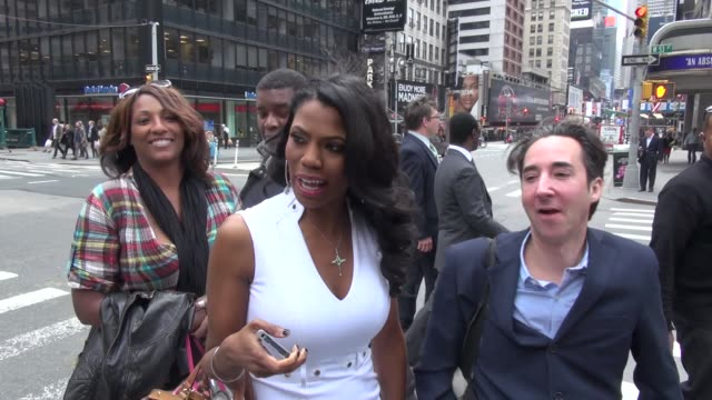 omarosa manigault on location for 'entertainment tonight' in new york ny on 4/1/13 - omarosa manigault newman stock videos & royalty-free footage