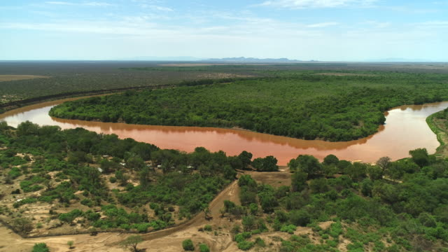 vídeos de stock e filmes b-roll de omo river / ethiopia, africa - corno de áfrica