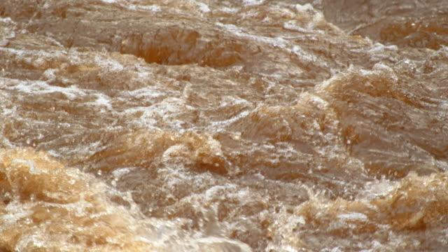omo river waves in rainy season / ethiopia, africa - swirl stock videos & royalty-free footage
