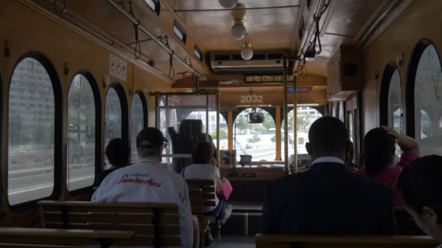 on board trolleybus in downtown miami, downtown, miami, florida, united states of america, north america - trolleybus stock-videos und b-roll-filmmaterial