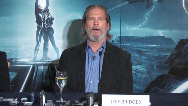 on his feelings of this new movie and how it stays faithful to the original at the Tron Legacy Press Conference INTERVIEW Jeff Bridges at Claridges...