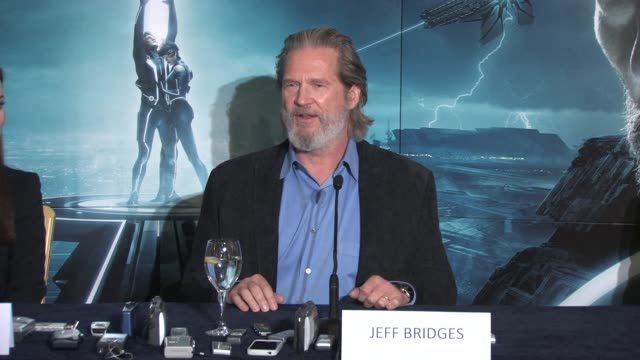 on how the technology has changed so much since the first film and how challenging he found this as an actorat the Tron Legacy Press Conference...