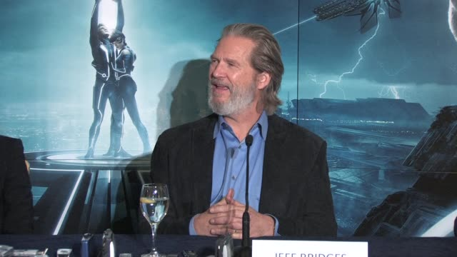 on if he felt nostalgic returning to the world of Tron after all the years at the Tron Legacy Press Conference INTERVIEW Jeff Bridges at Claridges...