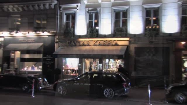 on september 29, 2011 in paris, france - アシュレー・オルセン点の映像素材/bロール