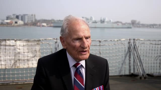stockvideo's en b-roll-footage met on the 17 april 50 days before dday the ministry of defence announced their plans to pay tribute to the veterans of dday by land air and sea the... - ministerie van defensie