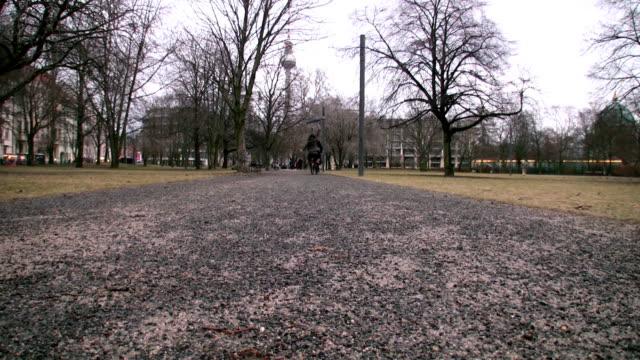 vidéos et rushes de à vélo - en individuel