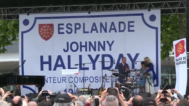FRA: Laeticia Hallyday attends a tribute to Johnny Hallyday (2)