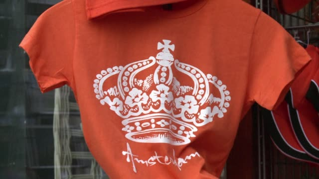 stockvideo's en b-roll-footage met on tuesday queen beatrix will abdicate to make way for her son willem alexander clean willem alexander from prince pils on april 26 2013 in amsterdam... - prins koninklijk persoon